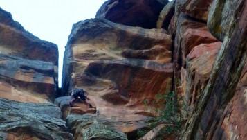 Escalar en el Barranco de la Hoz